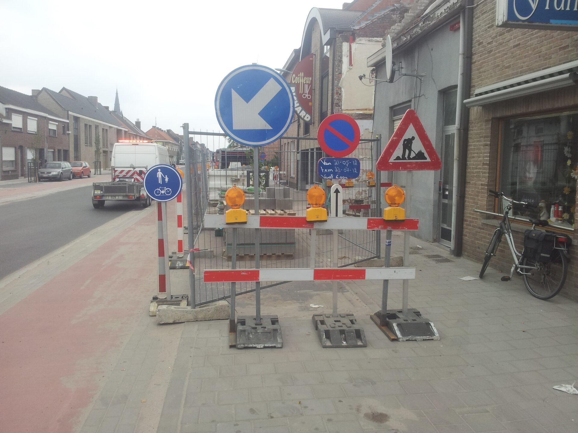 To Sign verhuur wegsignalisatie en mini-gravers Gent Contact
